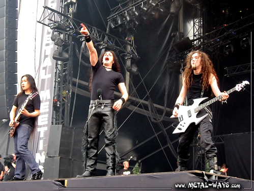 DragonForce @ Graspop Metal Meeting (Herman Li, ZP Theart, Frédéric Leclercq)