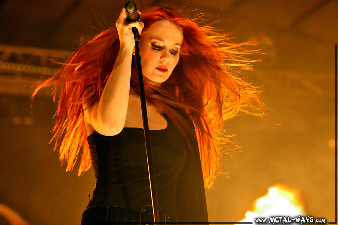 Epica @ Metal Female Voices (Simone Simons)