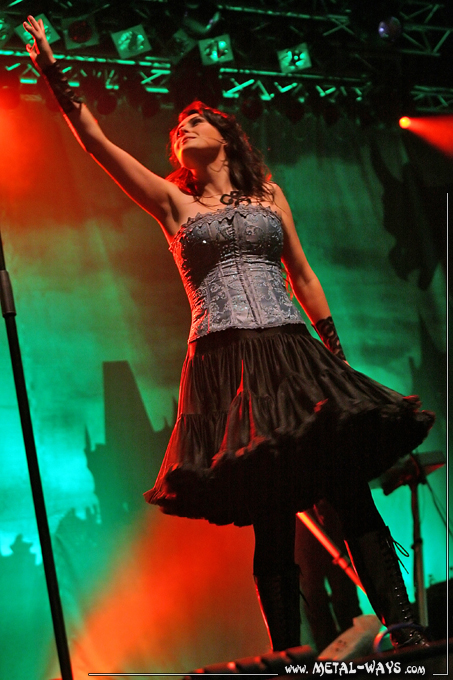 Within Temptation @ 013 (Sharon Den Adel)