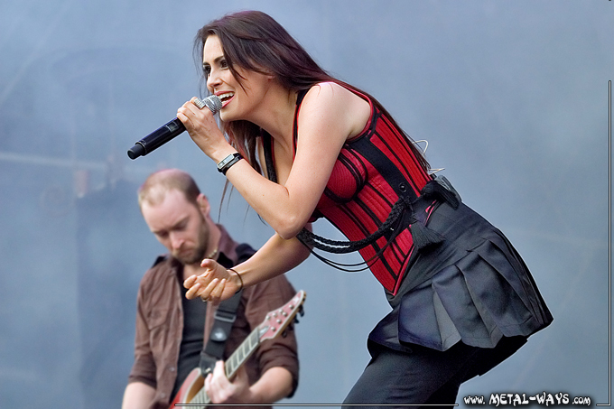 Within Temptation @ Rock en France (Ruud Jolie, Sharon Den Adel)