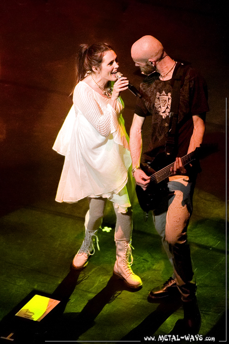 Within Temptation @ Schouwburg (Sharon Den Adel, Robert Westerholt) Theater Tour Almere
